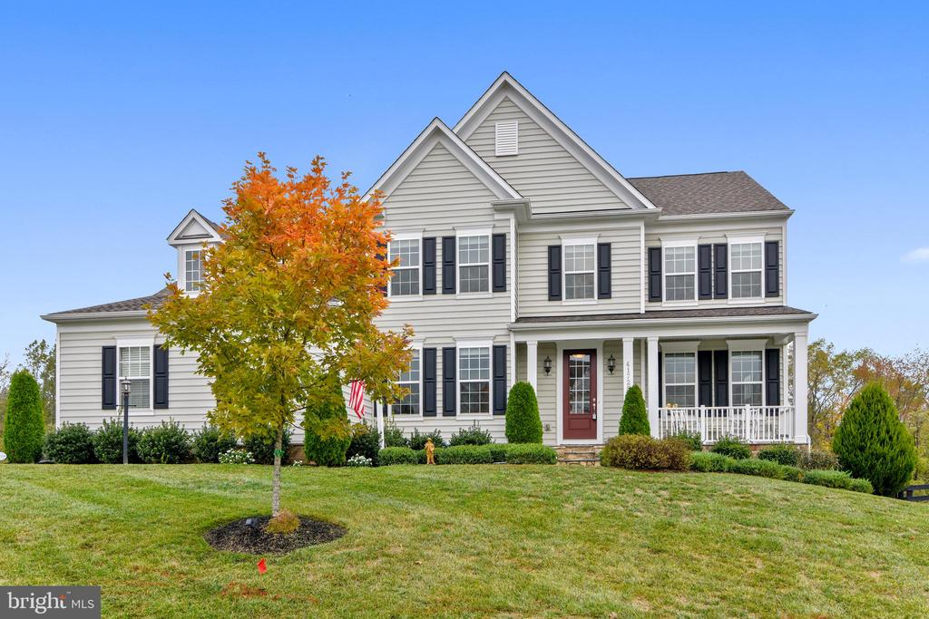 41728 Wakehurst Place....Welcome Home! - 41728 WAKEHURST PL, LEESBURG
