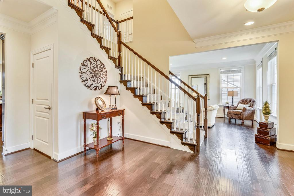 Entry Way - 41728 WAKEHURST PL, LEESBURG