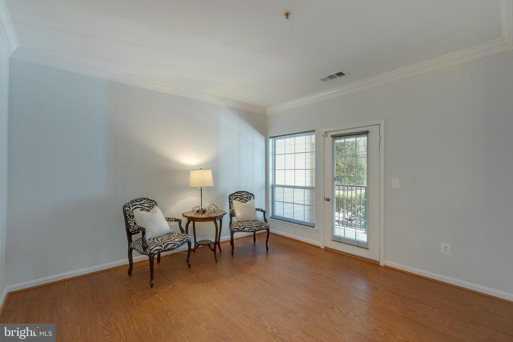 Living Room with French Door to Patio - 4850 EISENHOWER AVE #123, ALEXANDRIA