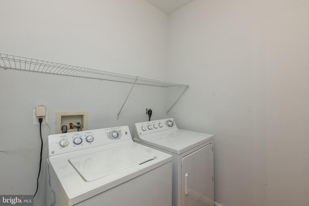 Laundry Room with Space for Storage - 4850 EISENHOWER AVE #123, ALEXANDRIA