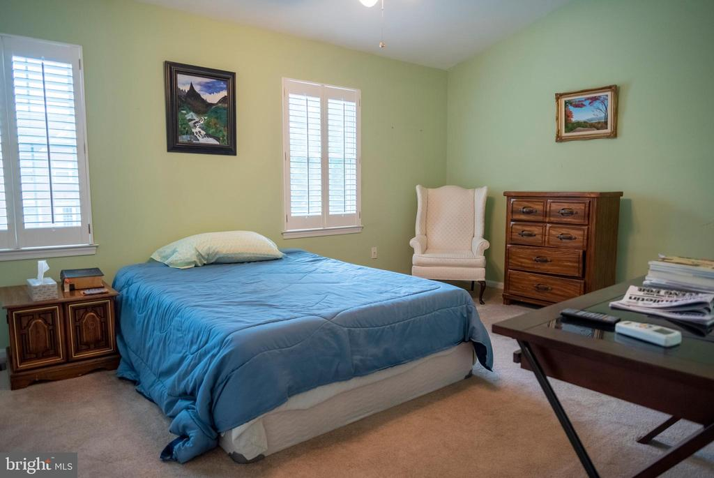 Master Bedroom - 1023 SMARTTS LN NE, LEESBURG