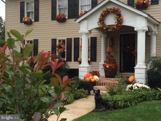 Fall delights on covered porch. - 108 PARK LN, THURMONT
