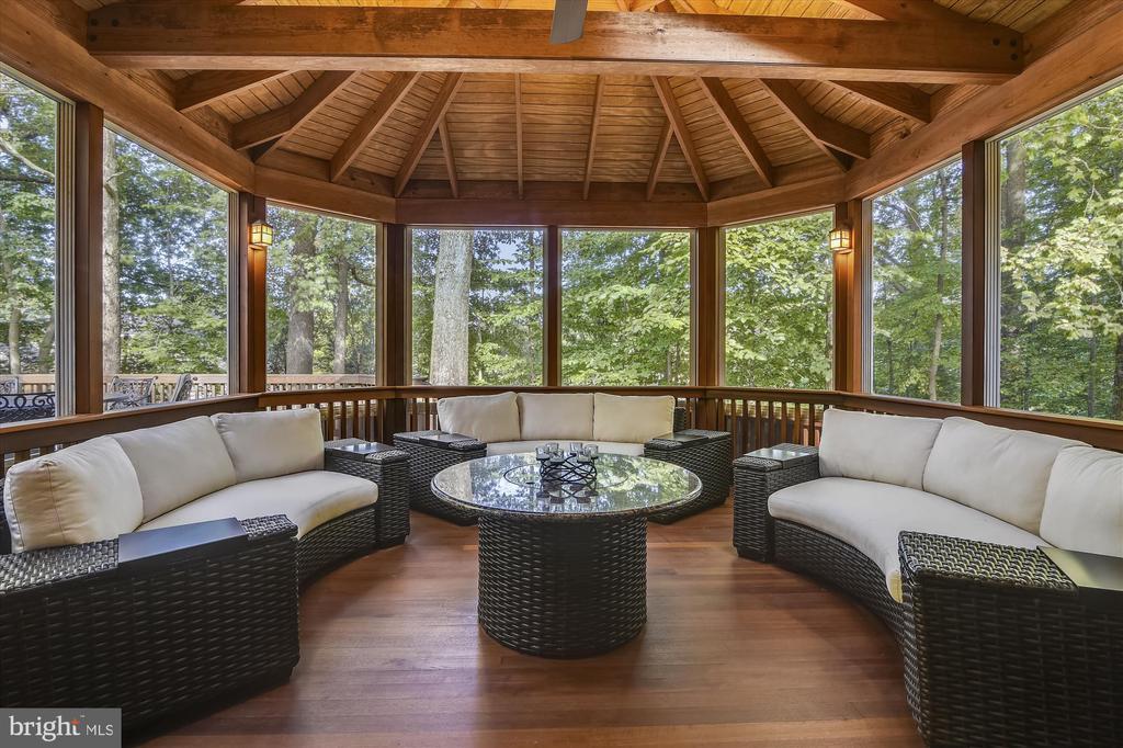 3-Season porch with Mahogany Floor - 10680 ALLIWELLS CT, OAKTON