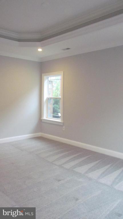 Master Bedroom - Upper Level - 2116 N CULPEPER ST, ARLINGTON