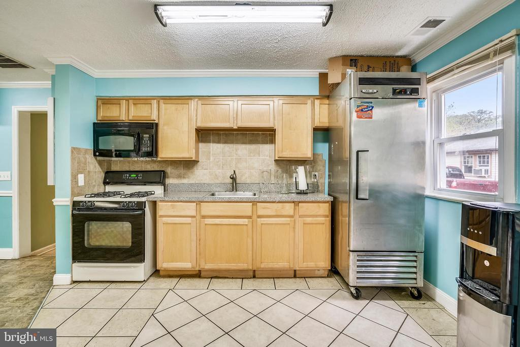 Kitchen - 8502 ADELPHI RD, ADELPHI