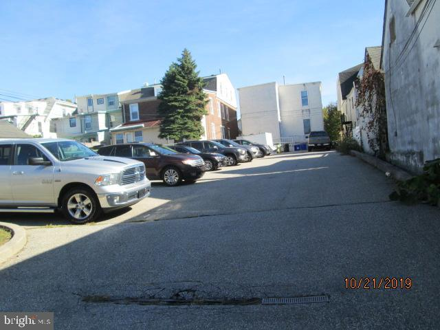 Additional photo for property listing at  Conshohocken, 宾夕法尼亚州 19428 美国