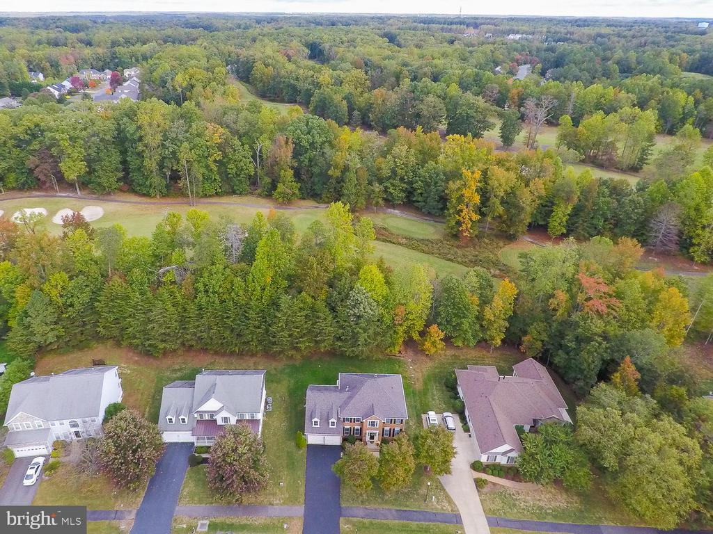 - 48 LIGHTFOOT DR, STAFFORD