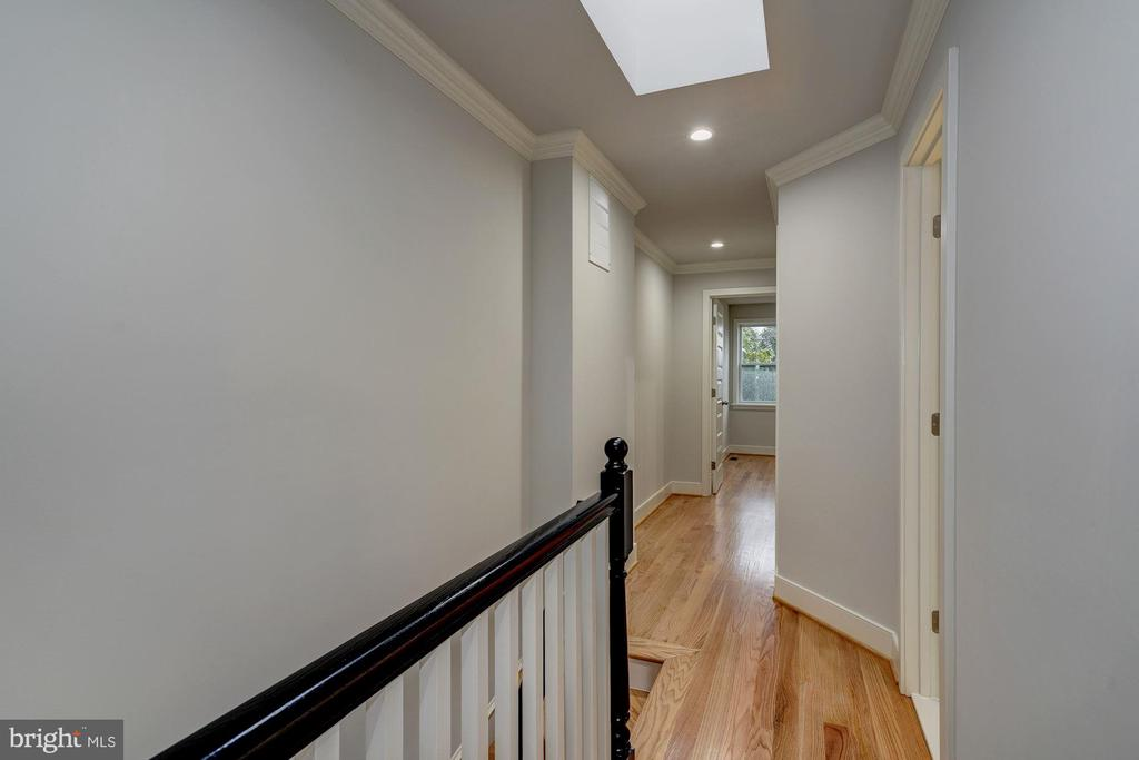 2nd Floor - 2807 6TH ST NE, WASHINGTON