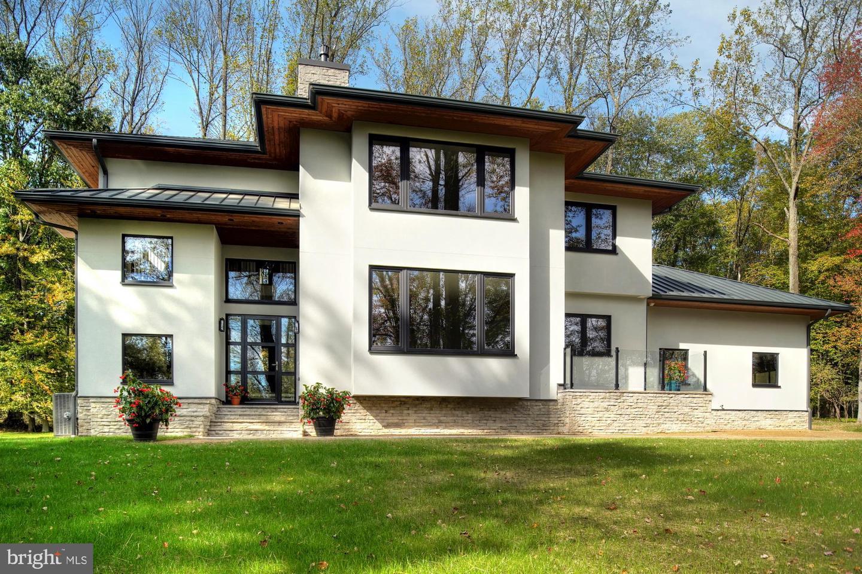Single Family Homes pour l Vente à 1267 STUART Road Princeton, New Jersey 08540 États-Unis