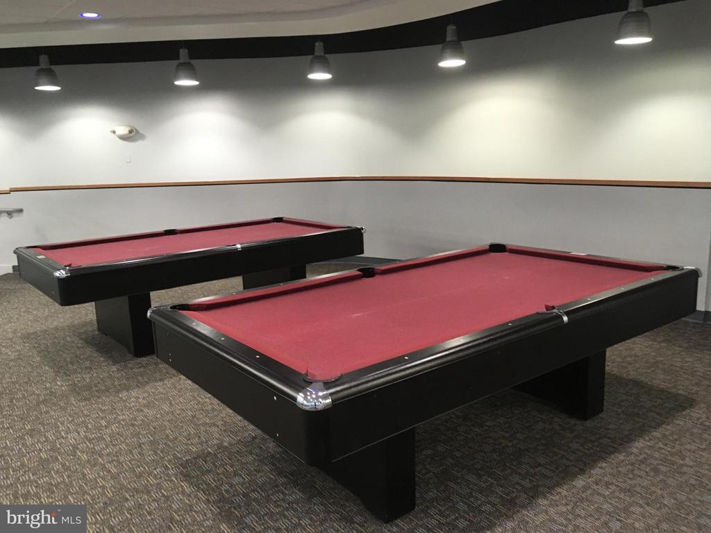 Pool Tables - 1111 ARLINGTON BLVD #542, ARLINGTON