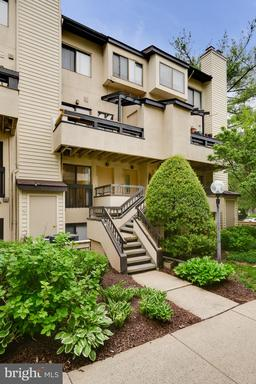 9711 HELLINGLY PL #55