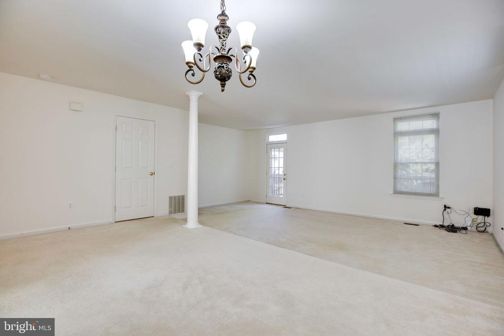 Dining Room, Living Room - alternate view - 6858 KERRYWOOD CIR, CENTREVILLE