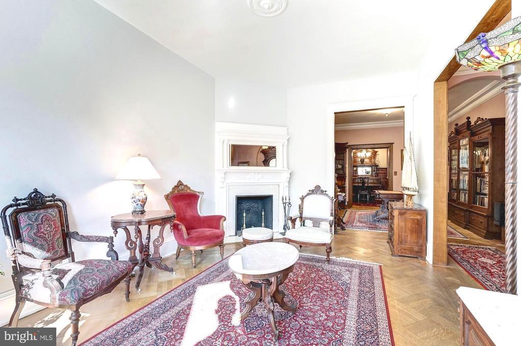 Striking original fireplace and mantel - 1923 S ST NW, WASHINGTON