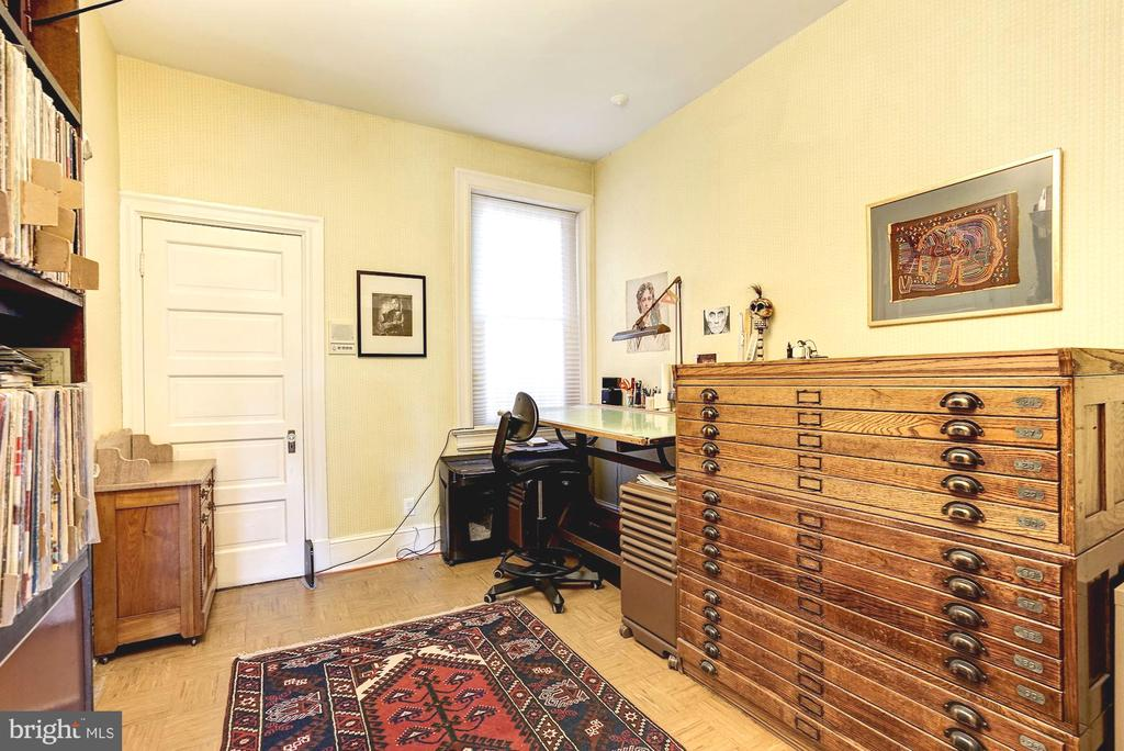 Additional bedroom currently used as an office - 1923 S ST NW, WASHINGTON