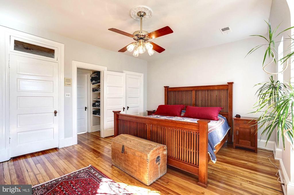Newly painted master bedroom - 1923 S ST NW, WASHINGTON