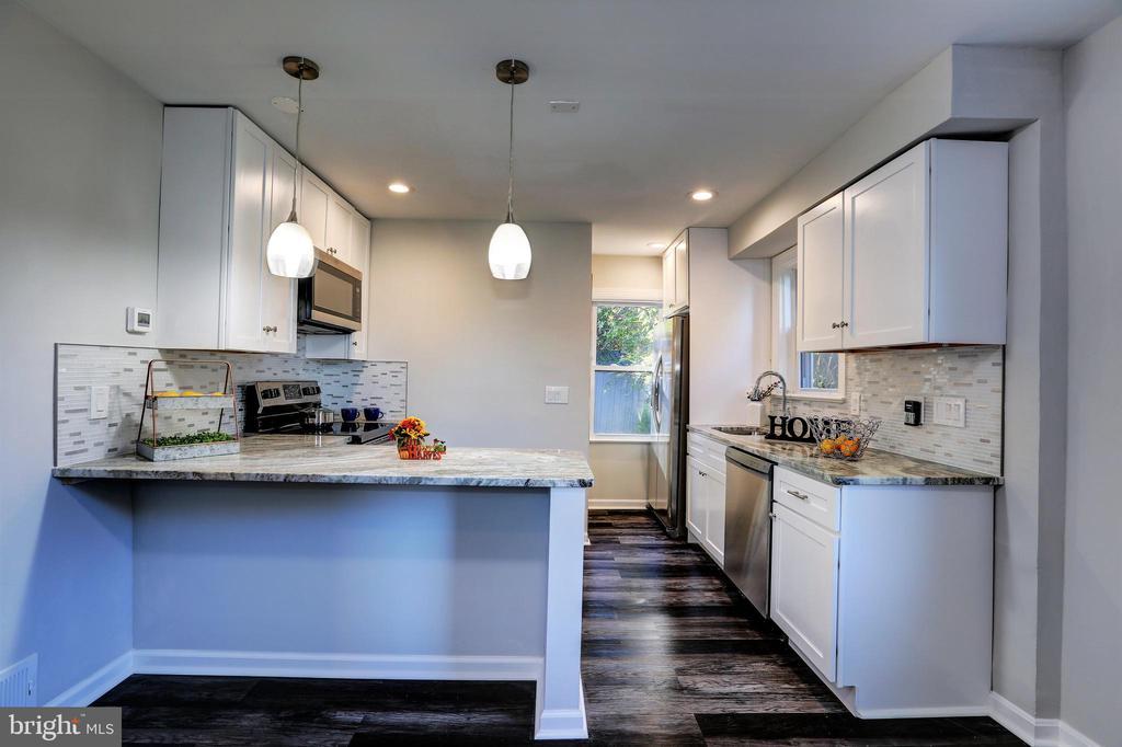 Kitchen - 4100 71ST AVE, HYATTSVILLE