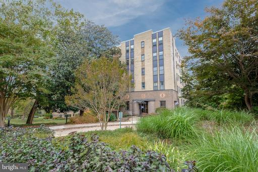 3901 CATHEDRAL AVE NW #102/519