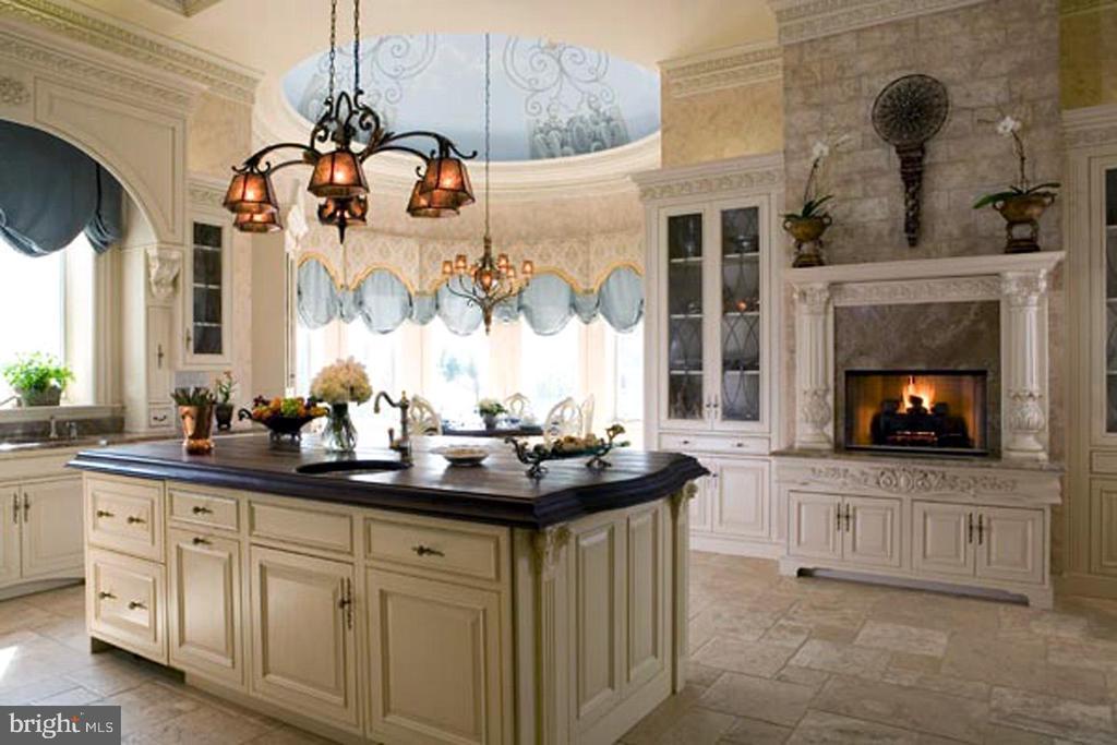 Kitchen - 9300 RIVER RD, POTOMAC