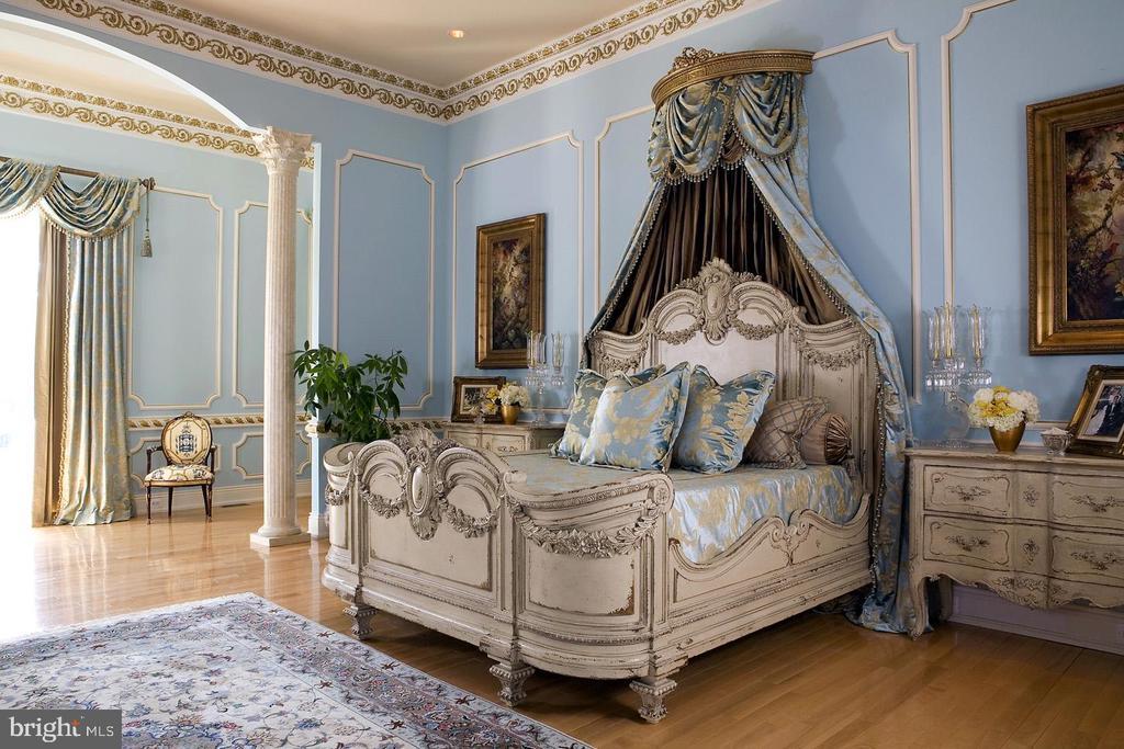 Master Bedroom - 9300 RIVER RD, POTOMAC