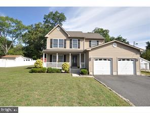 Single Family Homes のために 売買 アット Mount Laurel, ニュージャージー 08054 アメリカ