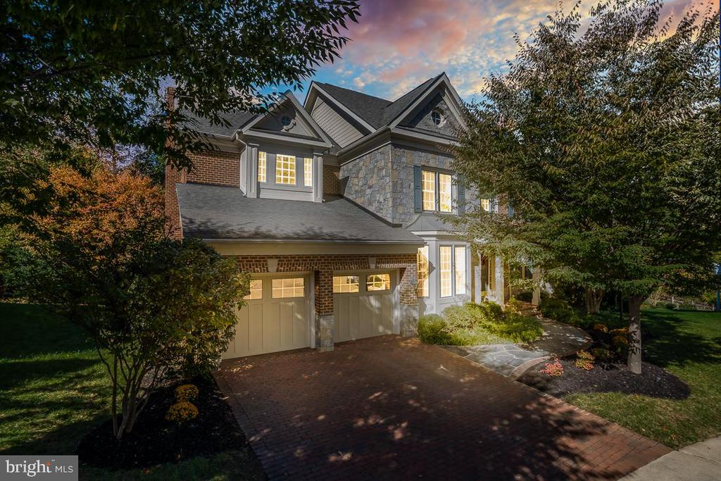Stunning Stone and Brick Manor Home - 3552 EARLY WOODLAND PL, FAIRFAX