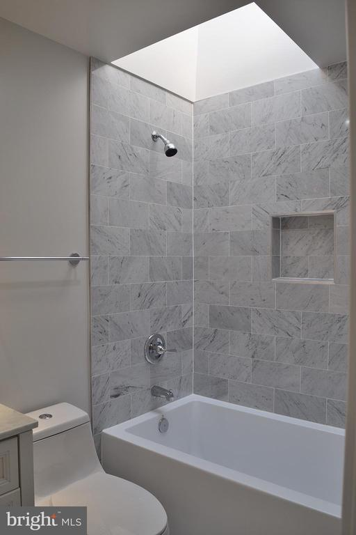 Hall Bath - 2807 6TH ST NE, WASHINGTON