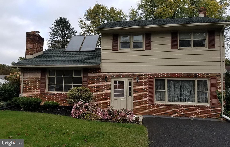 Single Family Homes für Verkauf beim Boiling Springs, Pennsylvanien 17007 Vereinigte Staaten