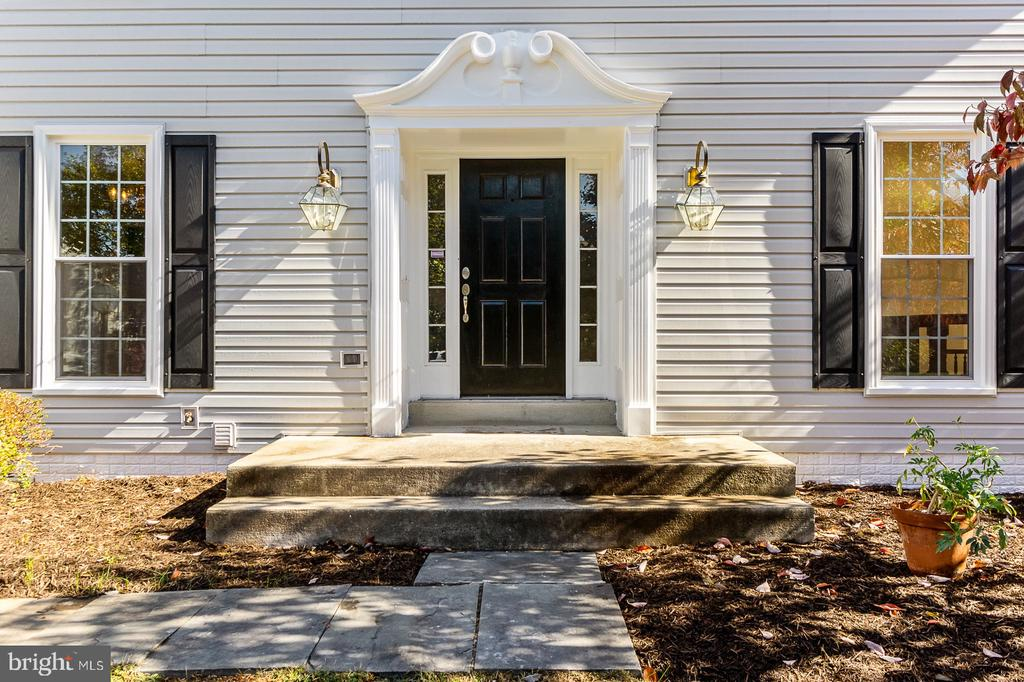 Approx. $90k in recent Upgrades & Improvements - 4917 EDGE ROCK DR, CHANTILLY