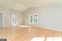 New hardwoods in Master Bedroom - 4917 EDGE ROCK DR, CHANTILLY