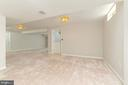 Walk-up exit from lower level - 4917 EDGE ROCK DR, CHANTILLY