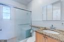 2nd Main Level Bath - 3137 S GLEBE RD, ARLINGTON