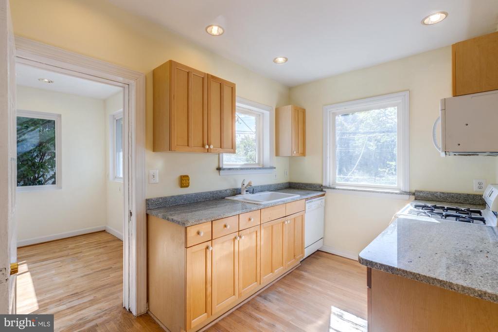 Kitchen - 3137 S GLEBE RD, ARLINGTON