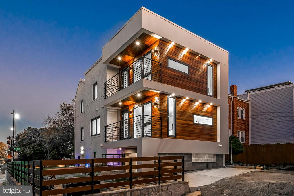 Modern exterior with multiple balconies - 128 17TH ST NE, WASHINGTON