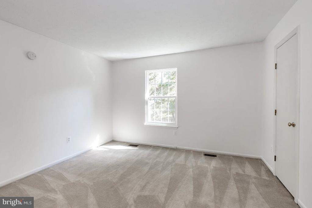 Bedroom 2 - 203 BOOKHAM LN, GAITHERSBURG