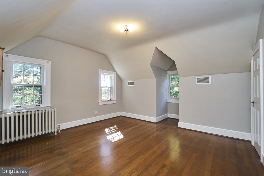 Bedroom 4/Office on UL2 - 1901 N GLEBE RD, ARLINGTON