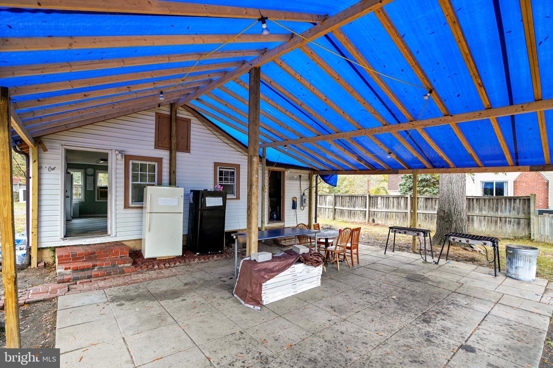 Additional photo for property listing at  Adelphi, Maryland 20783 Estados Unidos