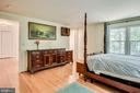 Master bedroom. - 6132 POBURN LANDING CT, BURKE