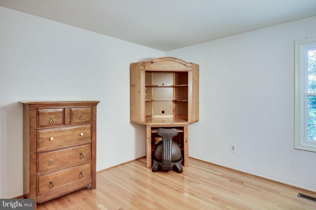 Bedroom 2 - 6132 POBURN LANDING CT, BURKE