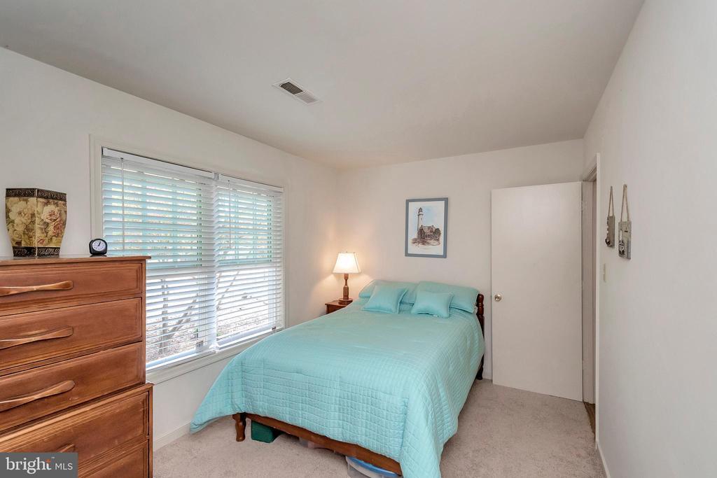 2nd bedroom - 143 EAGLE CT, LOCUST GROVE