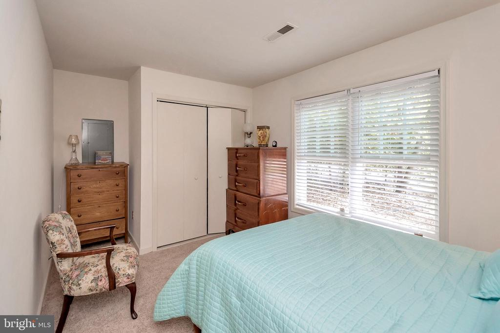 bedroom 2 - 143 EAGLE CT, LOCUST GROVE