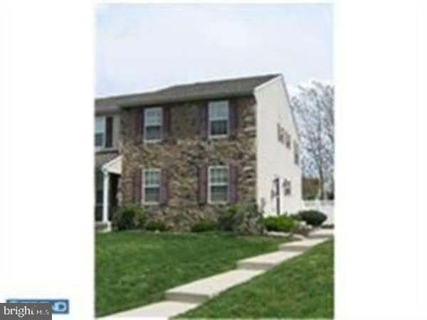 Single Family Homes pour l à louer à Sicklerville, New Jersey 08081 États-Unis