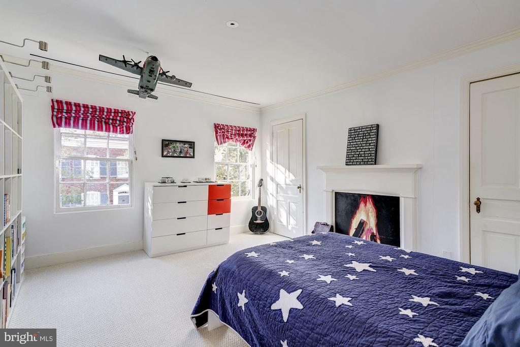 Third Bedroom - 1355 28TH ST NW, WASHINGTON