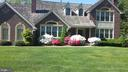 Springvitime~ curb appeal - 10731 HUNTERS PL, VIENNA