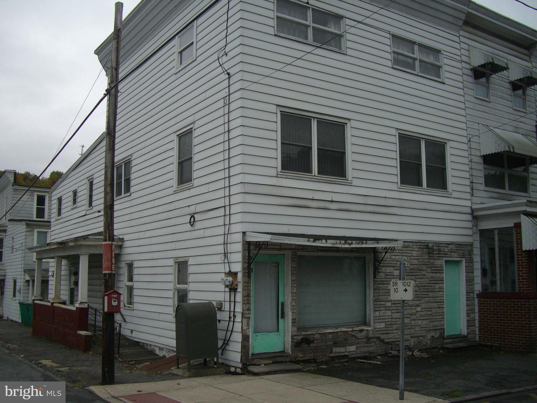 Single Family Homes για την Πώληση στο 738 E CENTRE Street Mahanoy City, Πενσιλβανια 17948 Ηνωμένες Πολιτείες