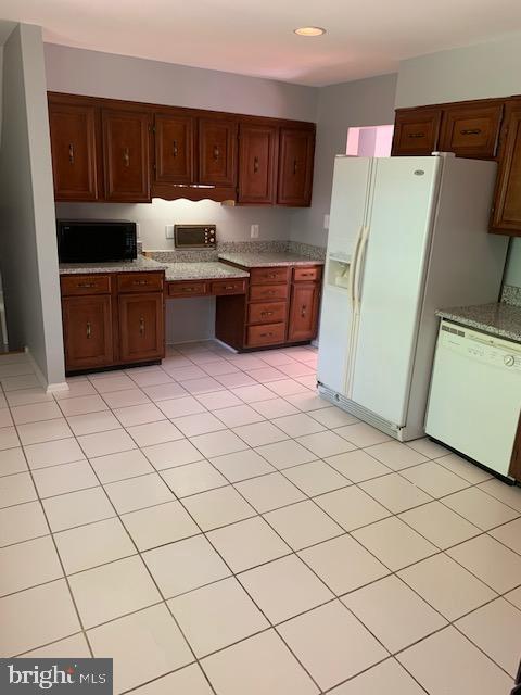 Kitchen - 1209 RICHMOND DR, STAFFORD