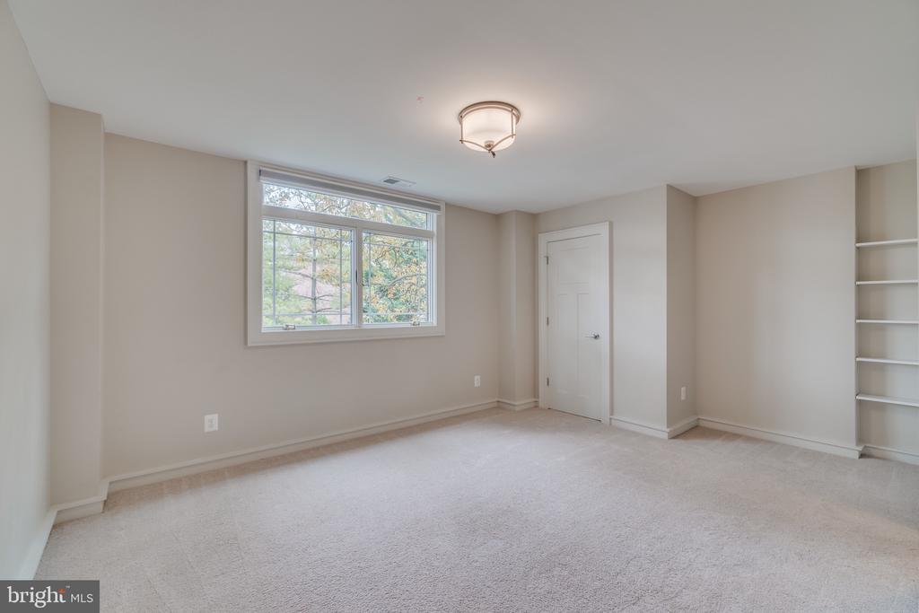 Bedroom #2 upstairs - 512 N LITTLETON ST, ARLINGTON