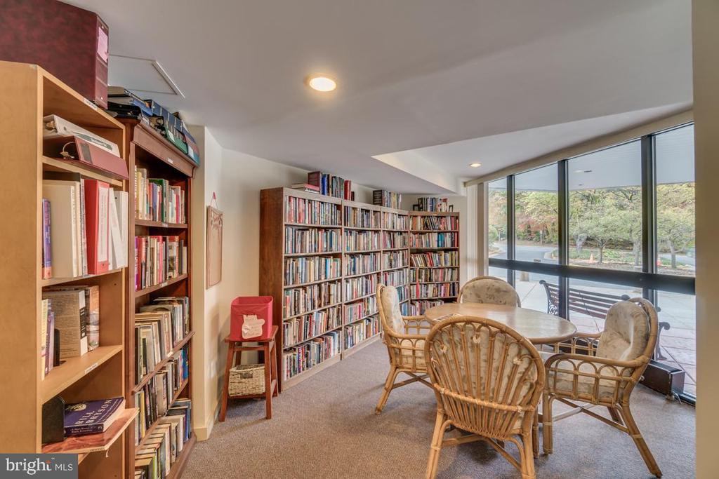 Library - 1951 SAGEWOOD LN #509, RESTON