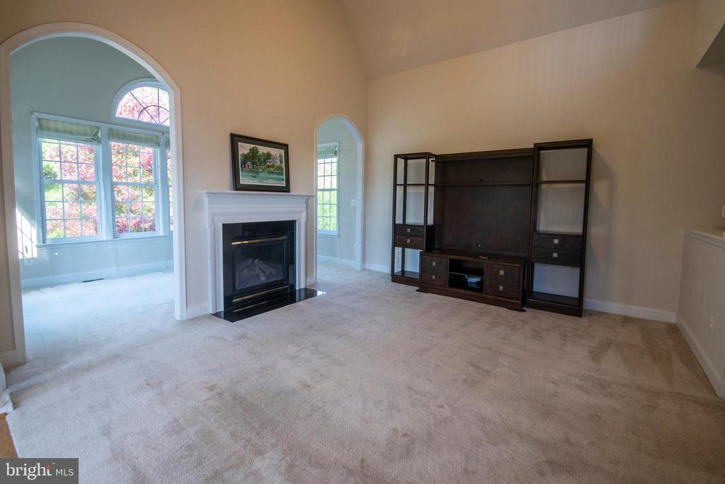 Family  Room has great space to entertain - 5526 W RICH MOUNTAIN WAY, FREDERICKSBURG