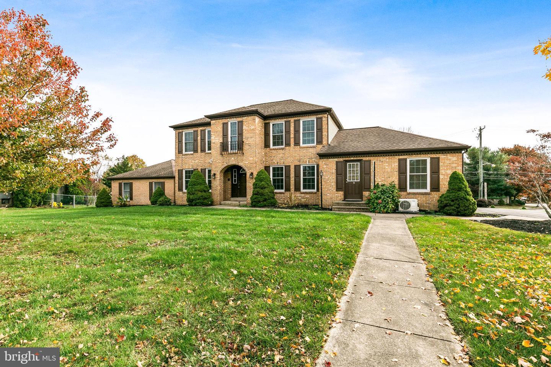 Single Family Homes للـ Sale في North Wales, Pennsylvania 19454 United States