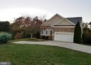 Sited on a large cul-de-sac lot this is a beauty! - 5526 W RICH MOUNTAIN WAY, FREDERICKSBURG